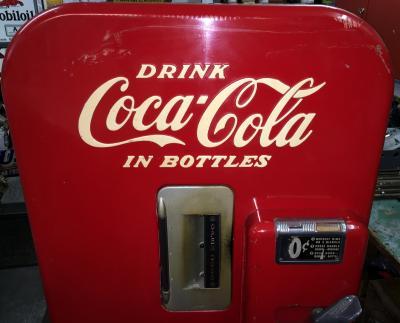 Coca Cola Kühlschrank Retro : Route 66 store vendo 39 coca cola automat usa 1951